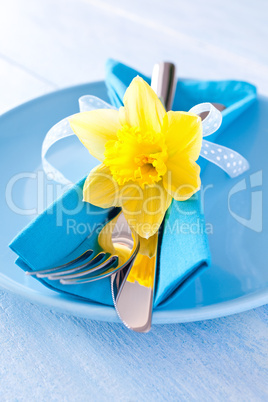 gedeckter Tisch zu Ostern / covederd table for easter